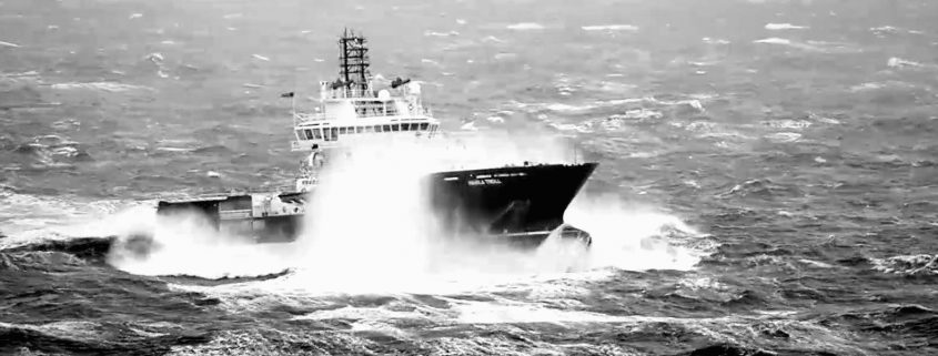 Maritime_still_boat_storm_01-cropped-1920x600-bw-CRUSHED