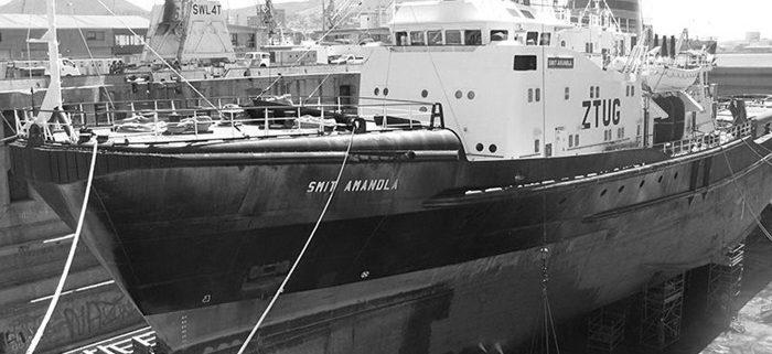 SMIT-Amandla-Drydock_NewsLarge-700x325-bw