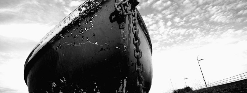 ship-wrecks-boat-ship-anchor-ruin-desktop-background-images-1920x1080-bw-CRUSHED